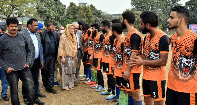 J&K Police beat DFA Poonch 4-0 in annual football championship
