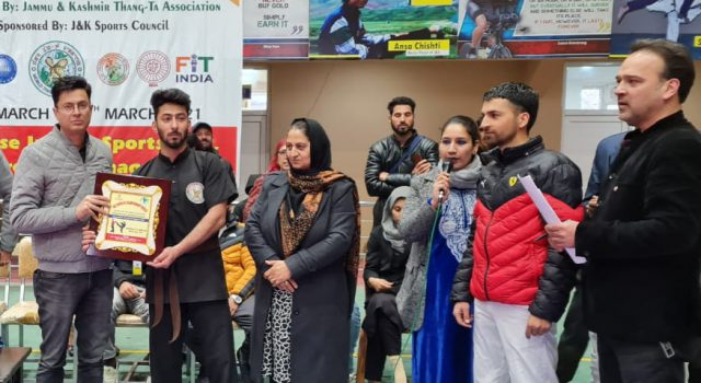 Fiza, Mujahid emerge winners in J&K Thang-Ta championship