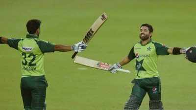 Pakistan becomes first team to win 100 T20Is