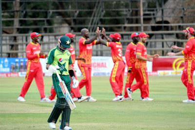 T20: Zimbabwe humiliate Pakistan, level series 1-1