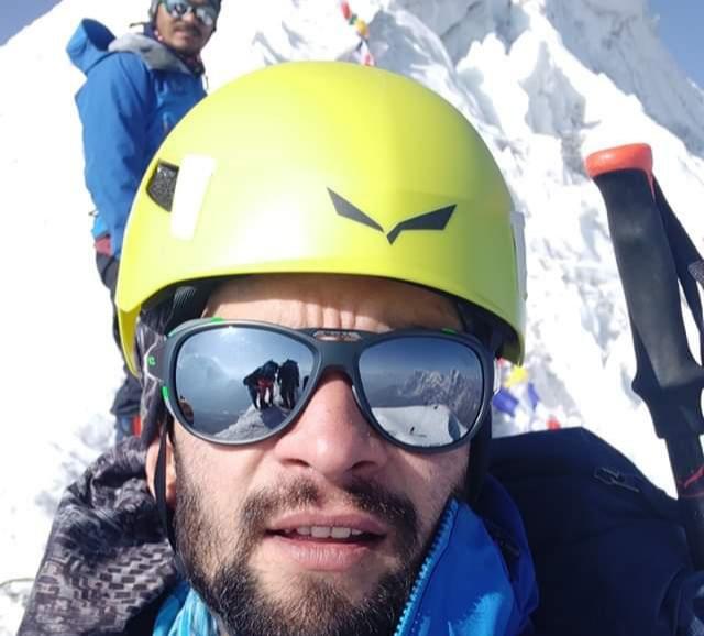 Kashmir mountaineer Nawab Moazam climbs Mt Lobuche in Nepal. Pic/Nawab Facebook