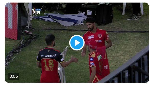 Virat Kohli praises youngster who got him out. Pic/Screen Grab