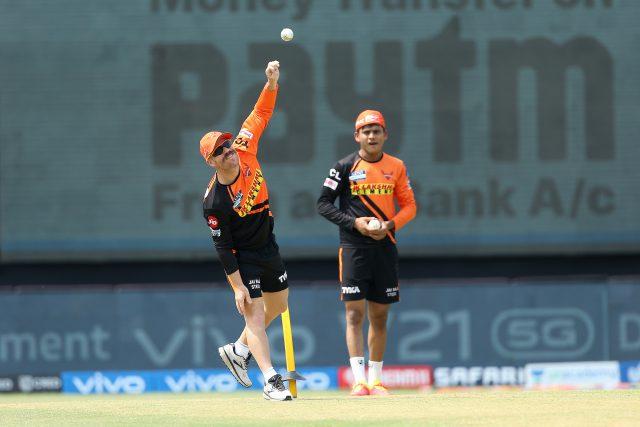 IPL: David Warner dropped from Sunrisers Hyderabad Playing XI. Pic/IPL BCCI