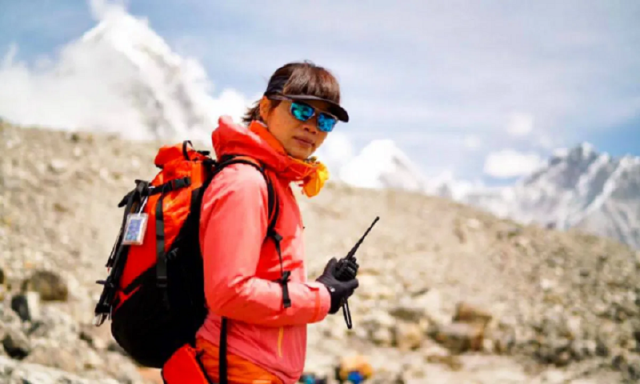Hong Kong climber becomes fastest Woman to climb Mount Everest. Pic/Twitter