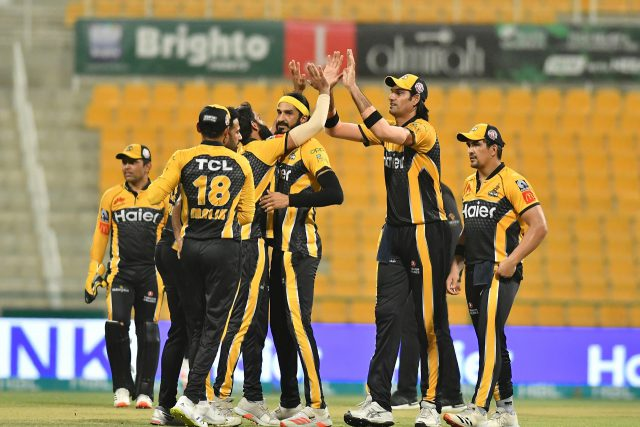 Peshawar Zalmi beat table toppers Islamabad United to reach fourth PSL final. Pic/PSL/PCB