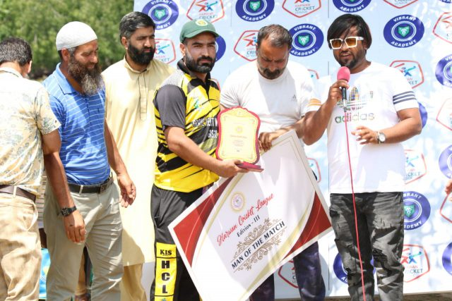 Harwan League: Younis Dar stars as Braveheart Warriors beat GCC Mulfaq. Pic/KSW