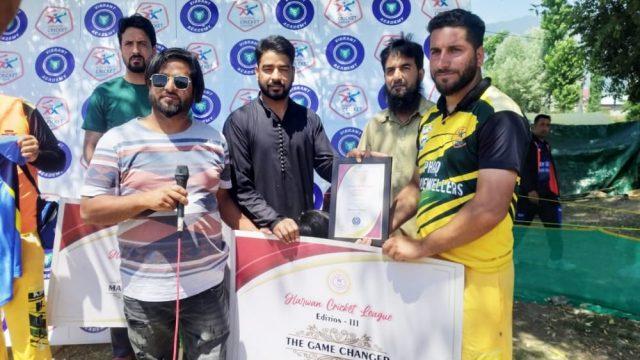 Harwan League: Azam Jewellers trounce SJCC Chatterhama. Pic/KSW