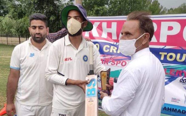 Kharpora League: Amir Ganie hits 156* in Rising Sports win. Pic/KSW