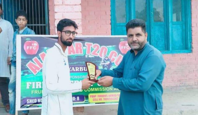 Alamdar T20 Cup: All-round Zubair leads Chaklo-XI to win. Pic/KSW