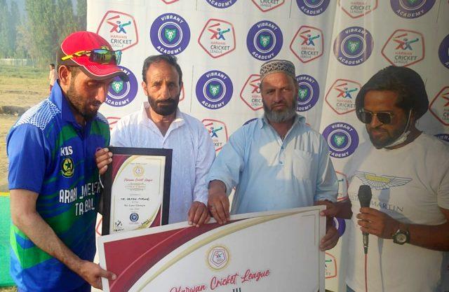 Harwan League: Irfan stars as Arabi Jewellers beat Harwan Hurricanes. Pic/KSW