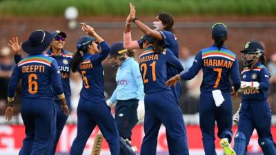 Indian women's team fined for slow over-rate in 2nd T20I against England
