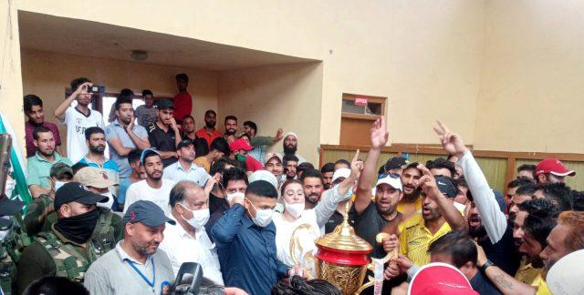 Varmul Cup: Bradman-XI beat BCC Reds, lifts title. Pic/KSW
