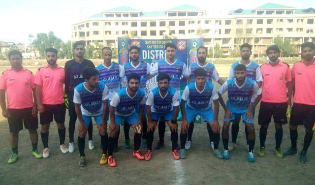 Ali Jana FC beat Al Etihad FC in Anantnag Knockout football tourney. Pic/KSW