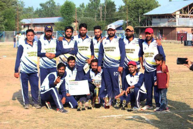BPL T20: Thunder Boys Nowpora beat DCC Dundosa, lifts title. Pic/KSW