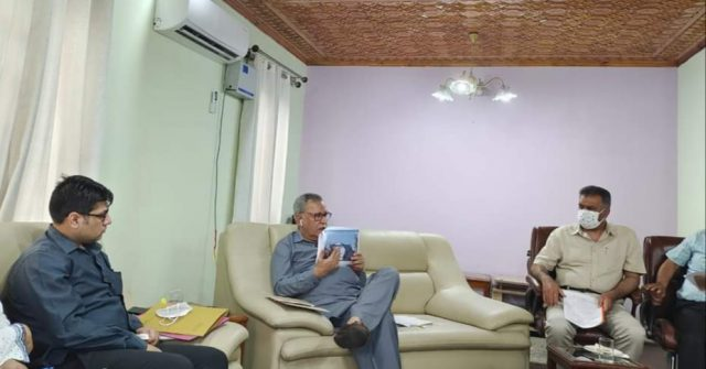 Advisor Farooq Khan reviews progress on various ongoing Sports Infrastructure Projects. Pic/KSW
