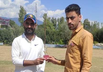 KPL: Farooq Mir hits ton in Qaziabad Stars win. Pic/KSW