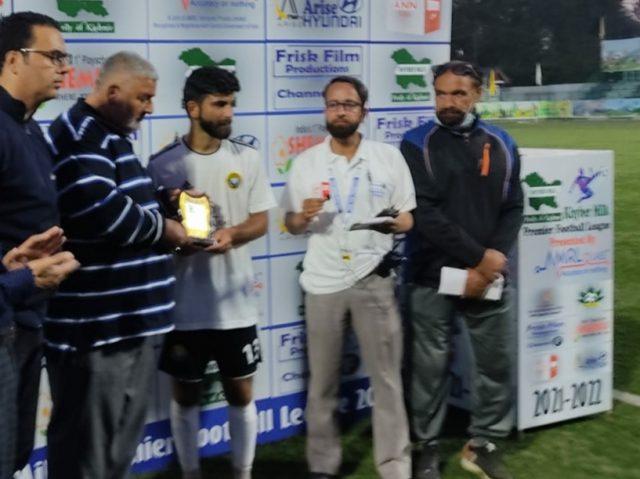 Premier League: Real Kashmir FC beat Kashmir Maharaja FC. Pic/KSW
